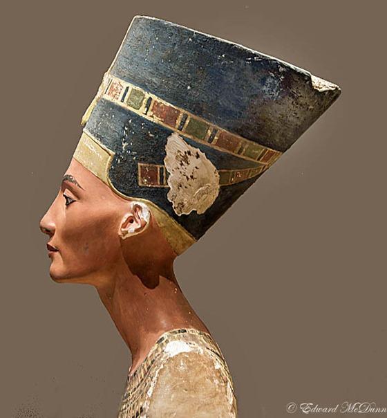Nefertiti (2)