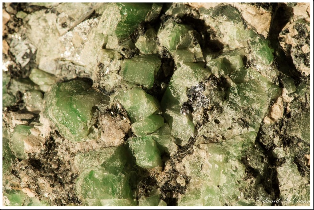 Smaragd (2)