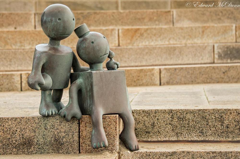 Gulliver reist naar Lilliput- toekijkende figuurtjes